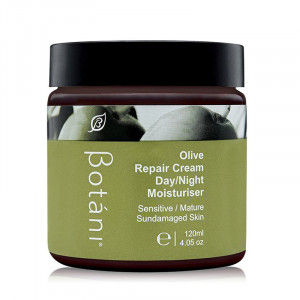 kem-duong-am-chuyen-sau-ngay-va-dem-botani-olive-repair-cream-daynight-moisturiser-120g